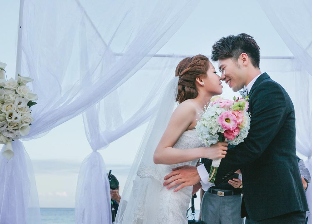 Vincent封面8-婚攝, 婚禮攝影, 婚攝 Vincent-海外婚禮婚紗攝影-婚禮攝影-婚攝推薦-婚攝-婚攝 Vincent-婚禮攝影-台北婚攝-台中婚攝-婚攝-海外婚攝-婚攝推薦-超強婚攝推薦-海外婚紗婚攝-婚攝-婚禮紀錄-婚攝小鄭-婚禮寫實攝影-婚攝-婚紗攝影-婚禮攝影推薦-孕婦寫真-自助婚紗-自主婚紗-新生兒寫真-日本婚禮攝影-海外婚禮攝影-婚紗攝影-海島婚禮-峇里島婚禮-風雲20攝影師-寒舍艾美-LE MERIDIEN TAIPEI-婚攝-台北寒舍艾美-東方文華-君悅酒店-W Hotel-萬豪酒店-台北萬豪酒店-婚攝 推薦-寒舍艾美婚攝-峇里島婚禮-峇里島婚攝-巴里島婚禮-巴里島婚礼-Bali Wedding-Bali Prewedding-美式婚禮-American Style Wedding-婚攝-婚攝-婚攝-婚攝-婚攝-婚攝-婚禮攝影師-藝人指定婚攝-寒舍艾美婚攝-文華東方婚攝-萬豪酒店婚攝-君悅酒店婚攝-台北婚攝推薦寒舍艾美婚攝, 東方文華婚攝, 君悅酒店婚攝, W Hotel婚攝, 君品酒店婚攝, 寶格麗婚攝, 新竹國賓婚攝, 日月千禧婚攝